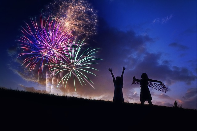 fireworks-804838_640-2